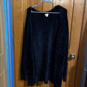 Oversized Black Fuzzy Cardigan 🖤
